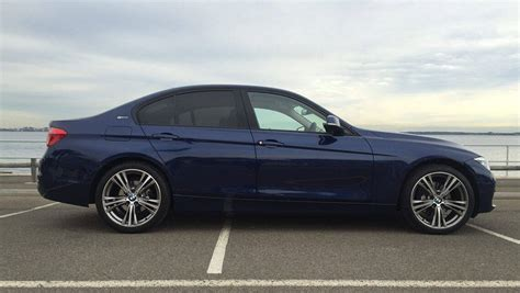 bmw   review road test carsguide