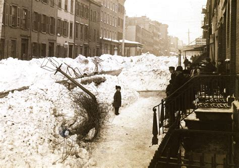 a buried city the blizzard of 1888 my inwood it could be worse new york and the blizzard of 1888