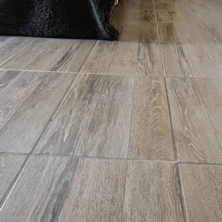 HOME DZINE Home Improvement   DIY advice for tiling a floor