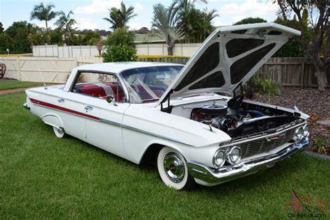chevrolet sports sedan chevrolet impala 1961 v8 pillarless sports sedan