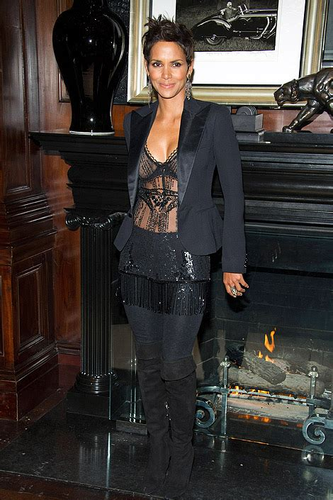 Halle Berry Gets On Knees For A by In Boots Halle Berry In The Knee Boots