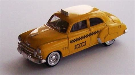 Diecast Chevrolet Taxi solido 4529 1 43 scale diecast model of a 1950s chevrolet