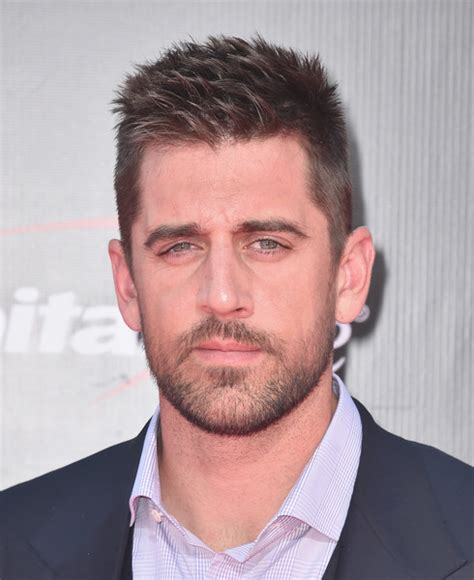 aaron rodgers new haircut aaron rodgers photos photos the 2016 espys arrivals