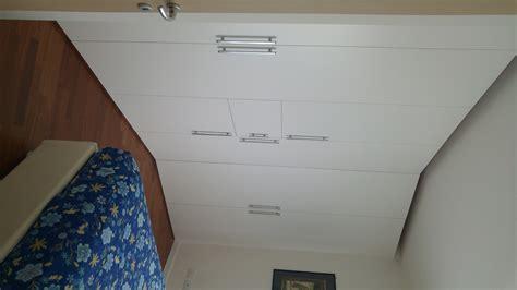 armadio con televisore armadio con televisore centrale per la partita