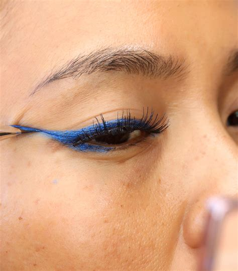 eyeliner tutorial lower a mac chromat collection makeup tutorial with royal blue