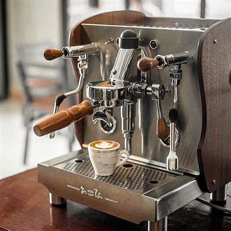 atempatbelasroasters retired   run  shots coffeemachine barista coffee