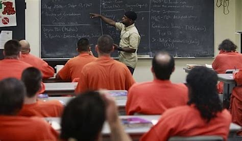 new second chance pell grant program gives inmates federal