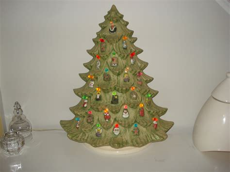 vtg ceramic lighted christmas tree flat wall design