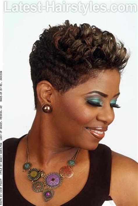 what hairstyle for dry older hair 30 absolutely perfect short hairstyles for older women