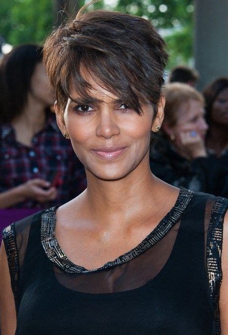 feathered hairstyles for halle berry halle berry hairstyles layered razor cut for 2014