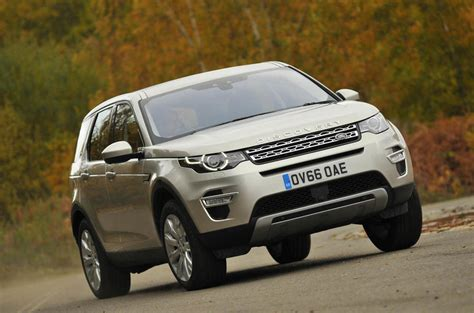 land rover discovery hse 2017 2017 land rover discovery sport hse luxury review autocar