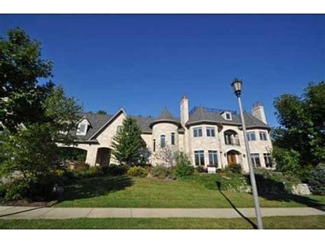hudson house jennifer hudson s new house chicago native buys mansion in burr ridge photos huffpost