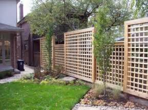 How Much To Put Up A Fence In Backyard Square Lattice Fence Landscaping And Outdoor Ideas