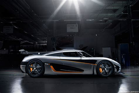 One 1 Koenigsegg Koenigsegg One 1 The Awesomer