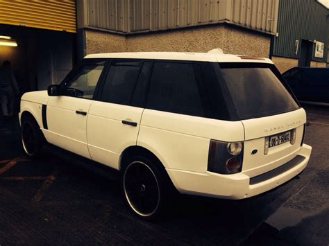 neon orange range rover range rover vogue matte white