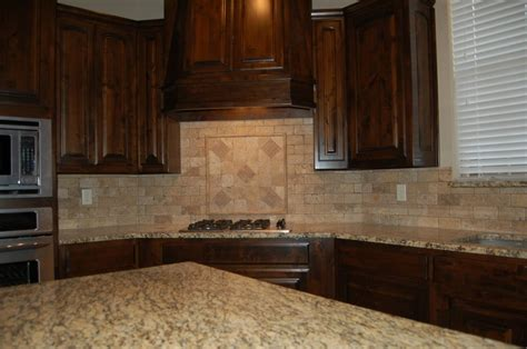 Kitchen Backsplash Ideas With Santa Cecilia Granite Beautiful Kitchen Custom Cabinets Tumbled Marble Backsplash Santa Cecilia Granite Www