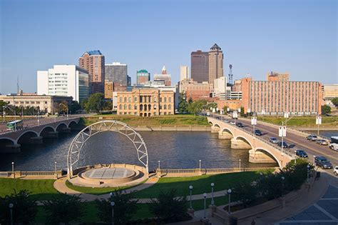 cheap flights to des moines iowa dsm jetsetz