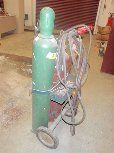 oxygen acetylene cylinders quality oxygen acetylene cylinders for sale cutting torch set w acetylene tank oxygen tank btm industrial