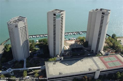 Page 3 Waterfront Apartments For Rent In Detroit Mi by Riverfront Towers Marina In Detroit Michigan United States