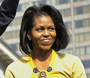 michelle obama wears wigs michelle s look what to wear on jan 20 extratv com