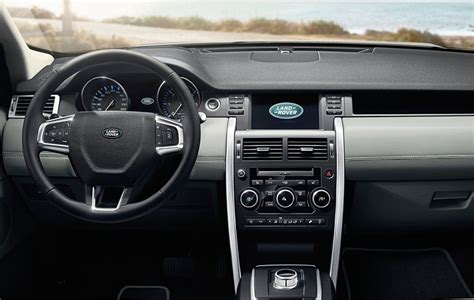 land rover discovery interni land rover discovery sport foto panoramauto
