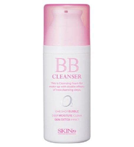 Detoxing Skin From Makeup by Skin79 Bb Cleanser With Skin Detox Effect With Its