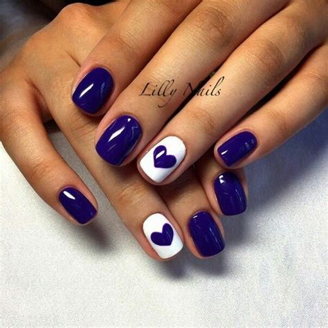 Wedding Ring Finger Nail Design by 25 Best Ideas About Navy Blue Nails On Navy