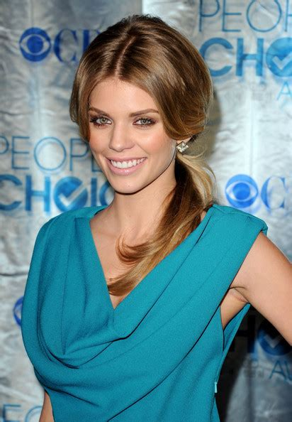 Wedding Hairstyles For Bridesmaids 2011 by 2011 Bridesmaid Hairstyles Sales Alert Shopping