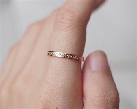 Eheringe Einfach by Die 25 Besten Ideen Zu Zierliche Verlobungsringe Auf