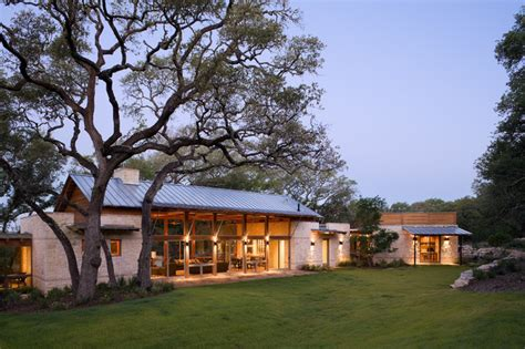 hill country house designs