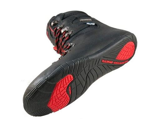 minimalist hiking boots 18 best images about barefoot shoes on