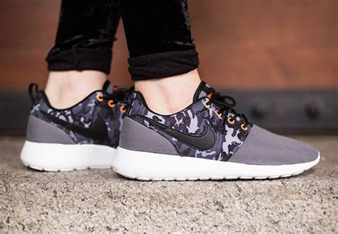 camo returns to the nike roshe one sneakernews