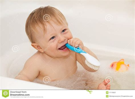 baby boy bathtub baby taking a bath www pixshark com images galleries