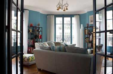 Délicieux Deco Salon Beige Et Blanc #1: peinture-salon-contemporain-bleu-turquoise-et-blanc.jpg