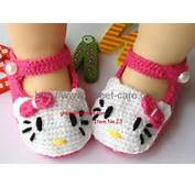 Handmade Hand Knit Crochet Baby Shoes Booties With Hello Kitty Theme