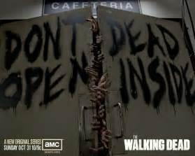 Mall Decoration Companies Gifs The Walking Dead V2 Taringa