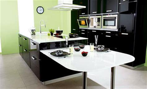 la cuisine de m鑽e grand cuisine sur mesure guides conseils devis