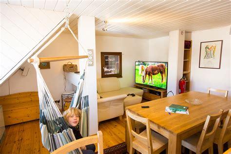 hängesessel in der wohnung die ferienwohnung im scheuermatthof schwarzwald chalet
