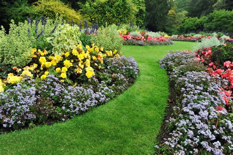 10 simple diy landscaping ideas for your home on the cheap