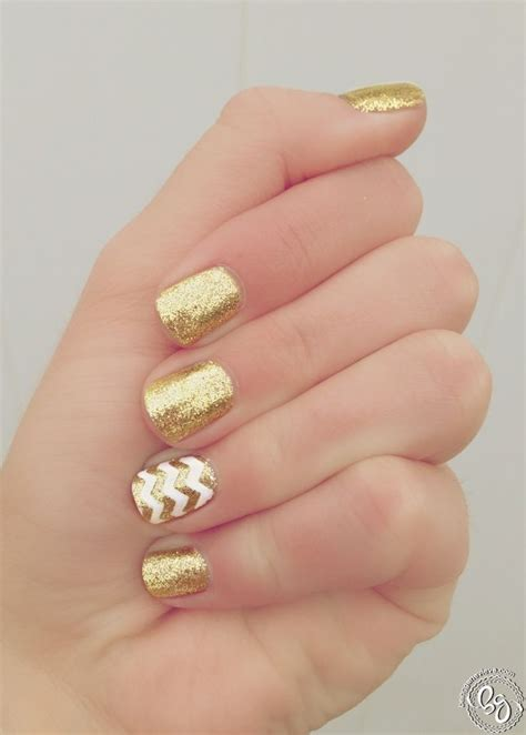 gold nail design golden girl manicures girls and accent nails
