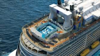 royal caribbeans newest ship royal caribbean s new star quantum of the seas extravaganzi