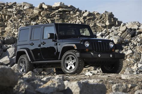 jeep wagon black 2011 jeep wrangler black ops edition conceptcarz com