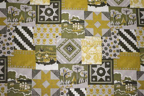 Patchwork Quilt Material - gold patchwork quilt fabric texture picture free