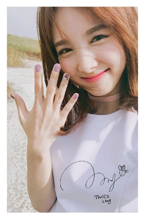 Special Photo Card Kpop previews nayeon s special pre order photocard