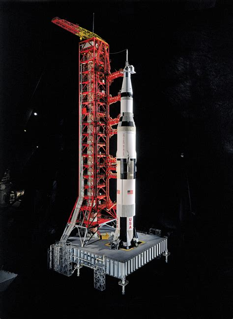 apollo saturn v model saturn v rocket model in apollo to the moon national air