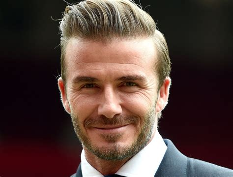 download autobiography of david beckham both feet on the david beckham biografia