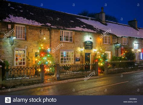 uk derbyshire peak district castleton christmas lights