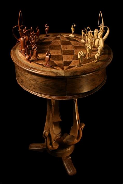 amazing chess sets chess set the queen protects her king pinterest