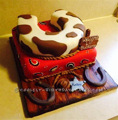 cake seats coolest toilet seat horseshoe cake