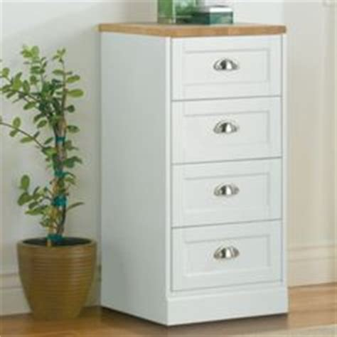 Jcpenney Bathroom Cabinets by Earley Kitchen Cabinet Jcpenney 240 Small Spaces